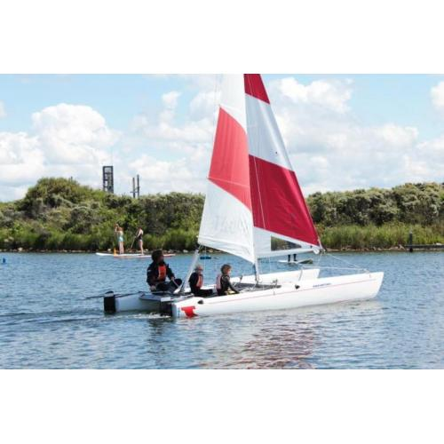 Catamaran Top Cat K1