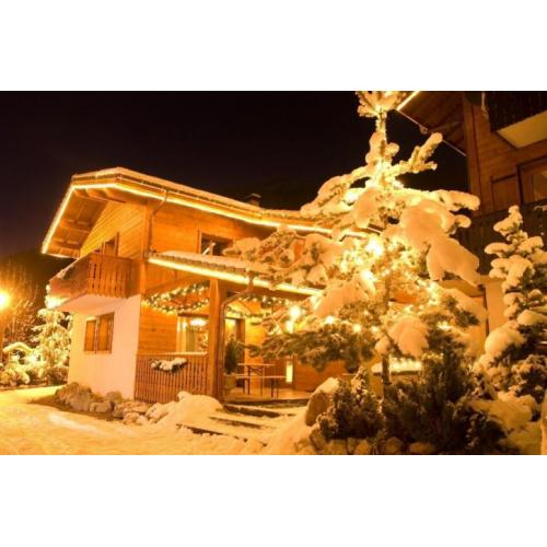 medewerkers in een wintersport-residence a/d piste France