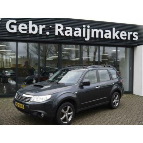 Subaru Forester 2.0D Premium *Navi* Camera* Panorama*Export*