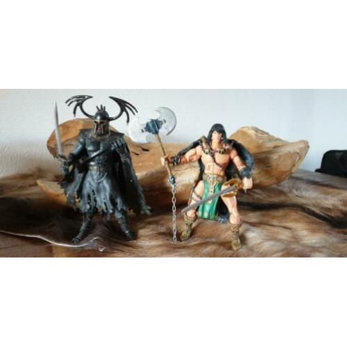 Marvel Legendary Heroes: Conan the Barbarian & Wrarrl