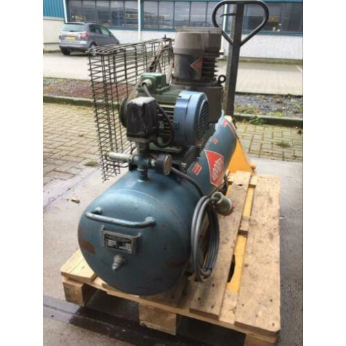 AIRPRESS stationaire compressor K100-300