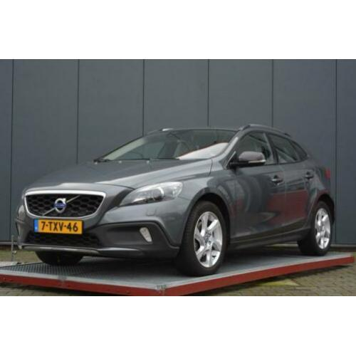 Volvo V40 Cross Country 1.6 D2 Momentum automaat (bj 2014)