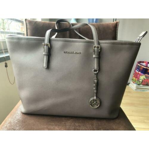 Michael Kors Jet Set Travel Tote taupe